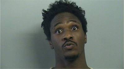 Man steals prosthetic leg during armed robbery, police say